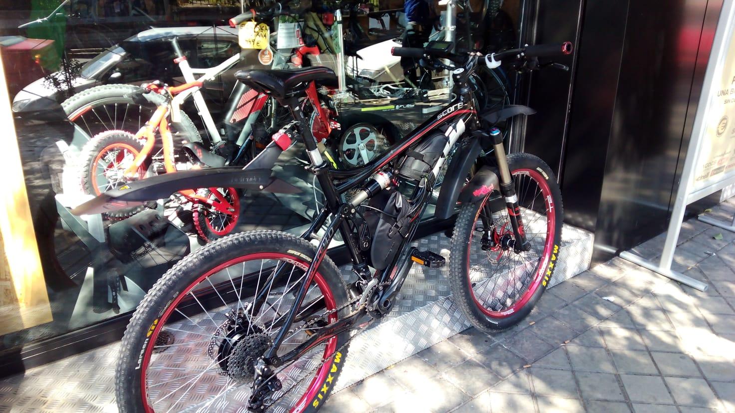 Bicicleta-electrificada-km-pancracio-bicis